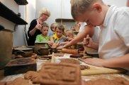 Dzieciom najbardziej podobały się warsztaty z formowania i wypiekania pierników